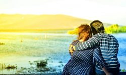 Donna Acquario: Il significato dei segni zodiacali