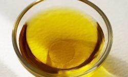 Olio d'oliva: 13 benefici e proprietà per la salute